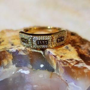Jewelry - Red and white diamond ring